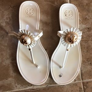 Tory Burch rubber pearl sandals size 8